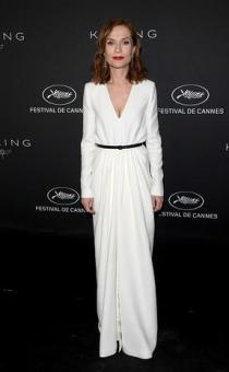 CANNES, FRANCE - MAY 21: Isabelle Huppert attends the Women in Motion Awards Dinner at the 70th Cannes Film Festival at Place de la Castre on May 21, 2017 in Cannes, France. (Photo by Venturelli/Getty Images for Kering)