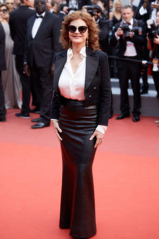 "CANNES, FRANCE - MAY 18: Susan Sarandon attends the ""Loveless (Nelyubov)"" screening during the 70th annual Cannes Film Festival at Palais des Festivals on May 18, 2017 in Cannes, France. (Photo by Kristina Nikishina/Epsilon/Getty Images)"