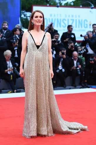 VENICE, ITALY - SEPTEMBER 02: Julianne Moore walks the red carpet ahead of the 'Suburbicon' screening during the 74th Venice Film Festival at Sala Grande on September 2, 2017 in Venice, Italy. (Photo by Ian Gavan/Getty Images)