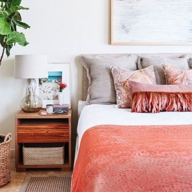 coral bedroom (3)